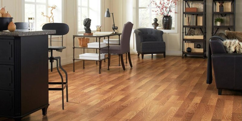 Trafficmaster Laminate Flooring Reviews Prices Pros Cons Vs Other Brands 2020