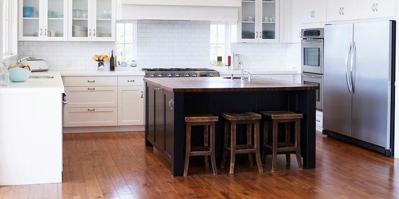Best Kitchen Flooring Options Vinly Laminate Or Tile
