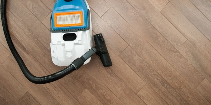 How To Clean Vinyl Floors, Can You Use A Robot Vacuum On Vinyl Plank Flooring