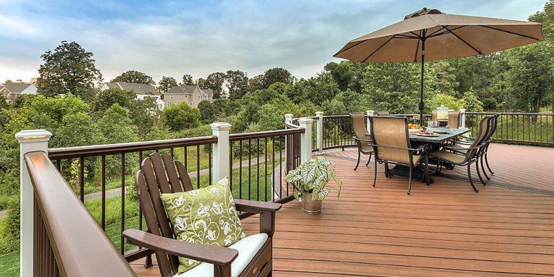 composite deck railing pros and cons