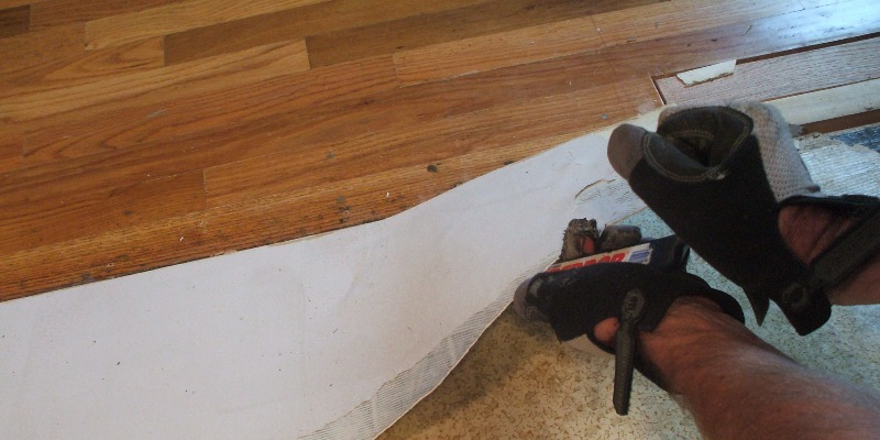 How To Remove Vinyl Flooring From, How To Remove Laminate Flooring From Concrete